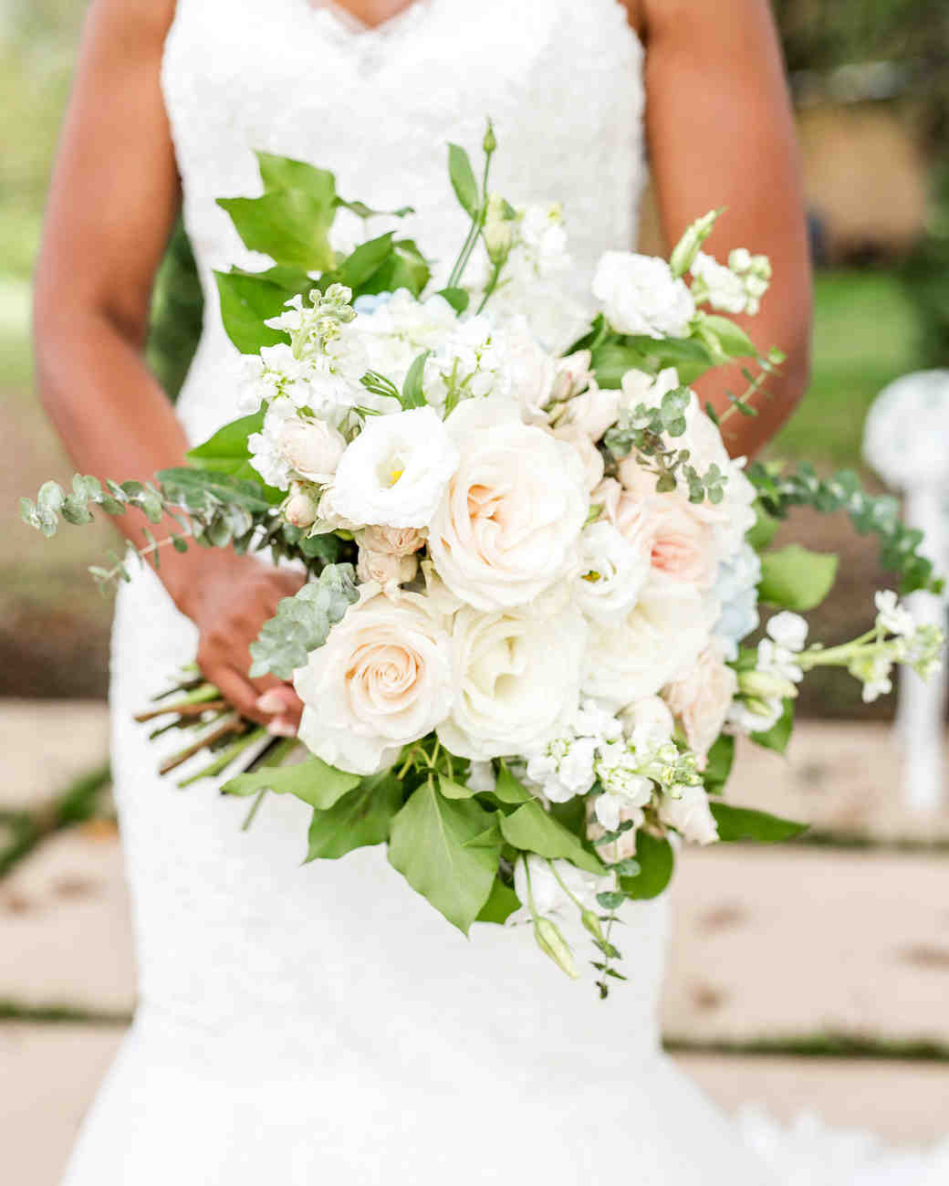 kenisha wendall wedding bride bouquet flowers white