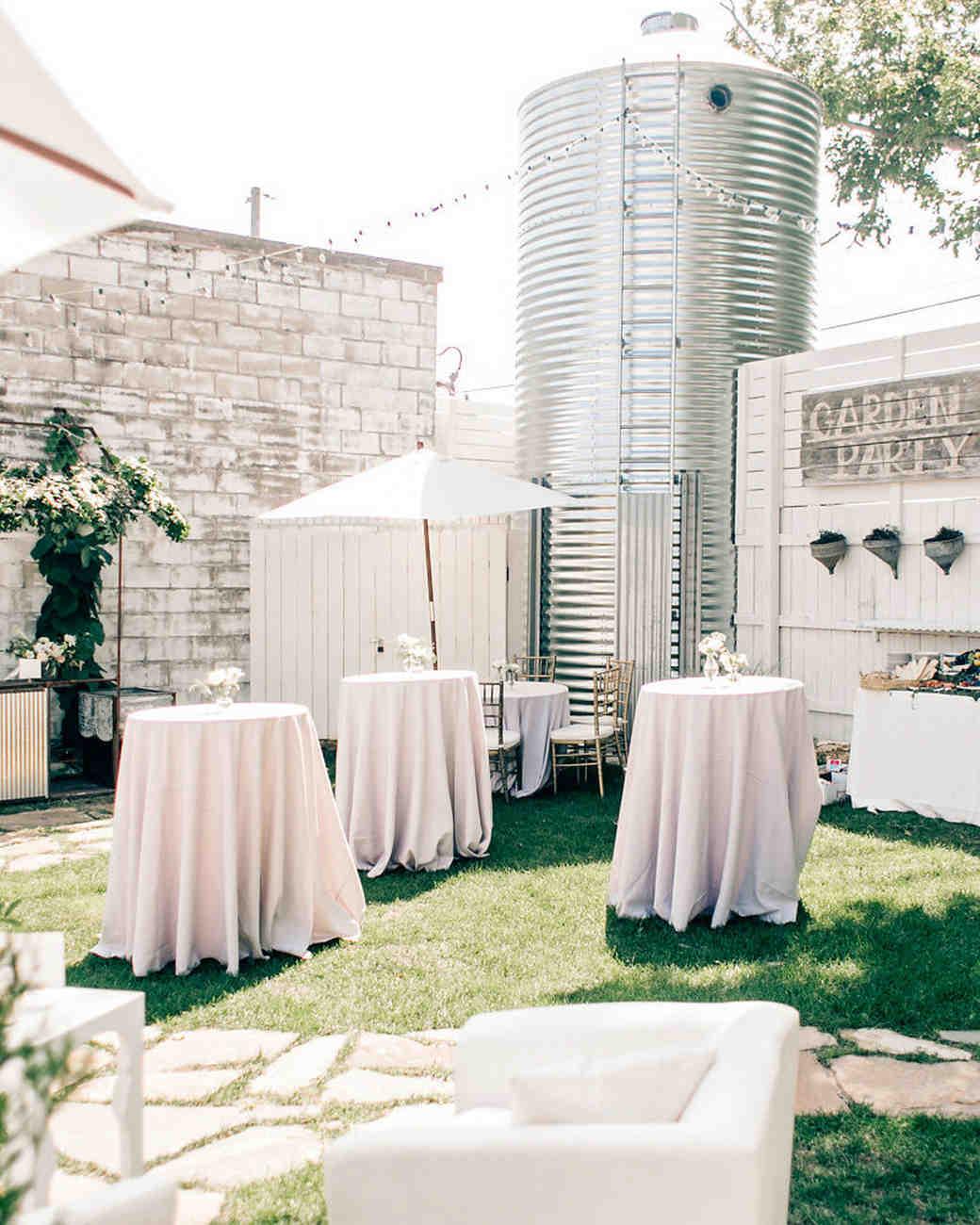 maggie zach wedding cocktail hour