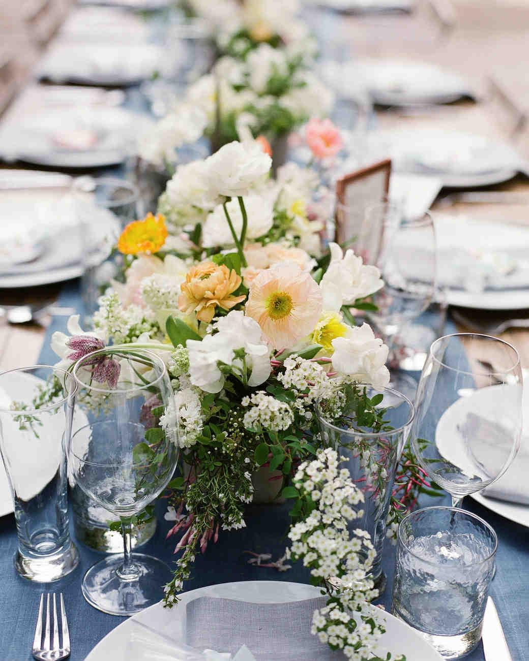 40 of our favorite floral wedding centerpieces martha stewart weddings rh marthastewartweddings com wedding centerpieces fake flowers wedding centerpieces flowers submerged in water