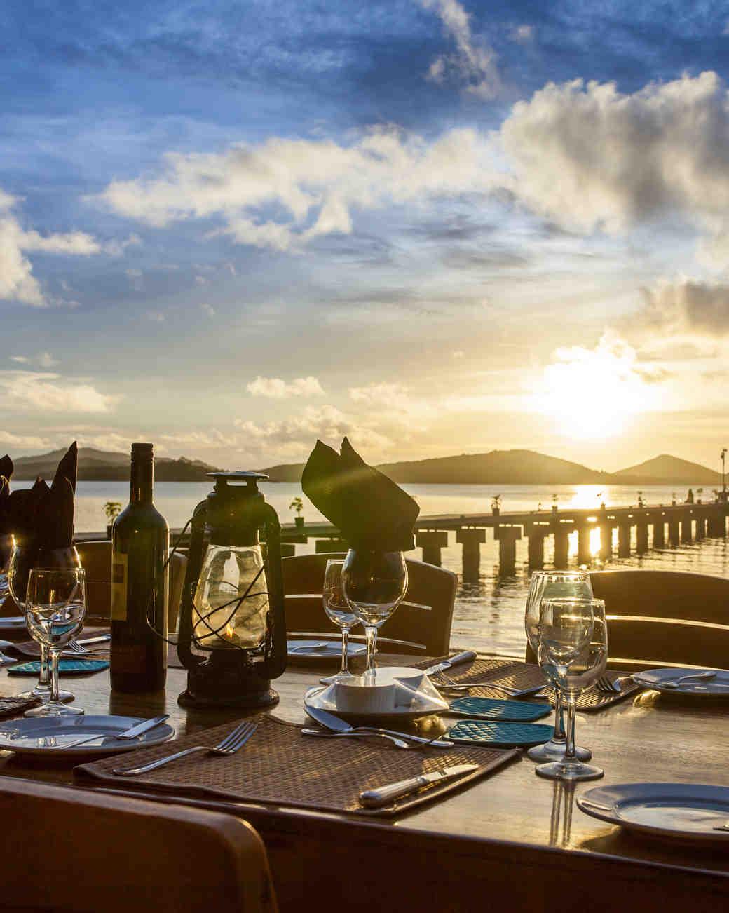 private-islands-turtle-island-dinner-on-beach-1015.jpg