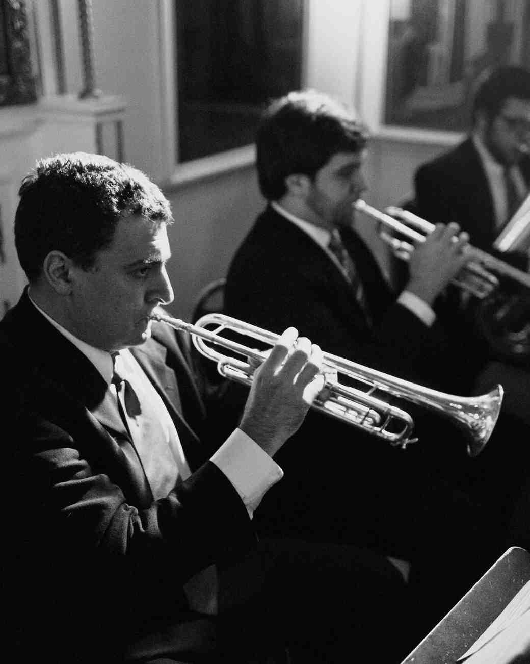 rosie-constantine-wedding-trumpet-095-s112177-1015.jpg