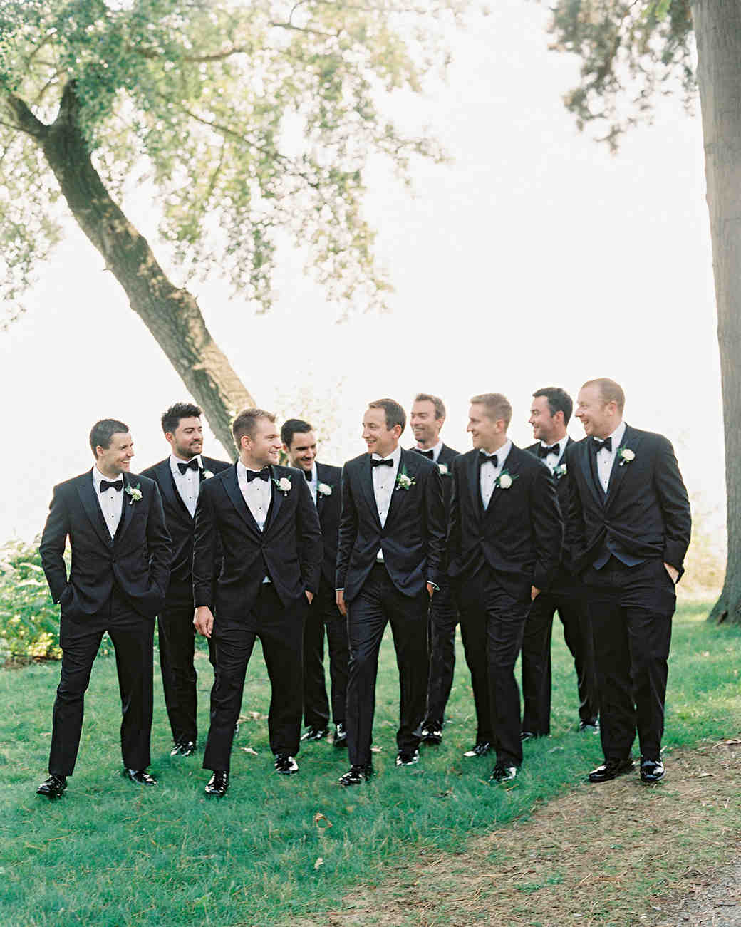 stephanie matt groom and groomsmen
