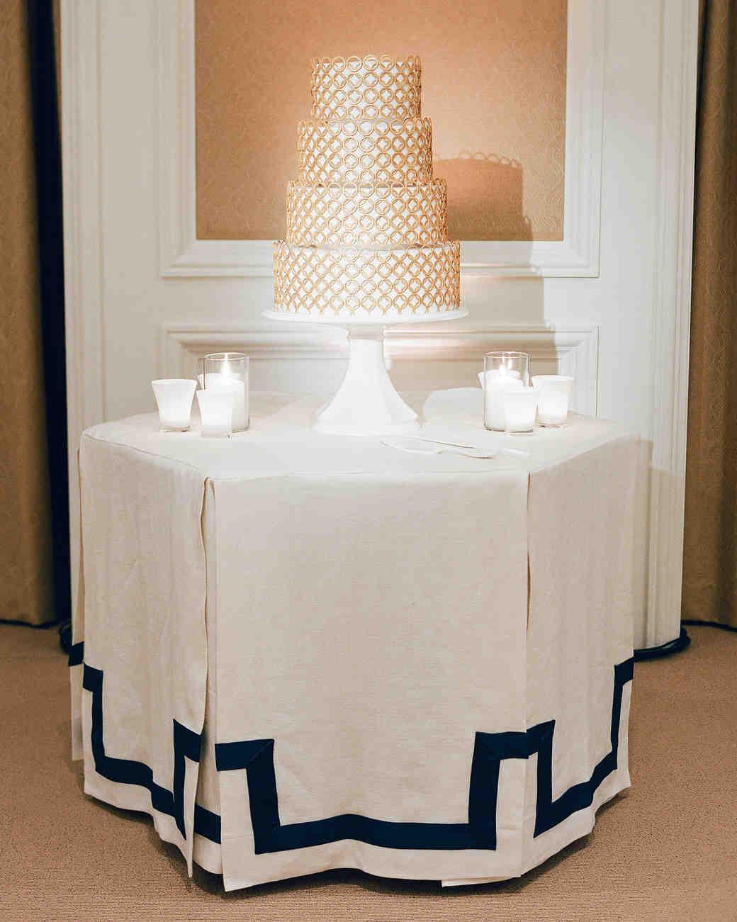 tali-mike-wedding-california-cake-58950005-s112346.jpg