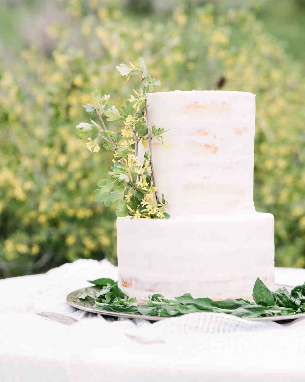 30 Rustic Wedding Cakes We Re Loving Martha Stewart Weddings