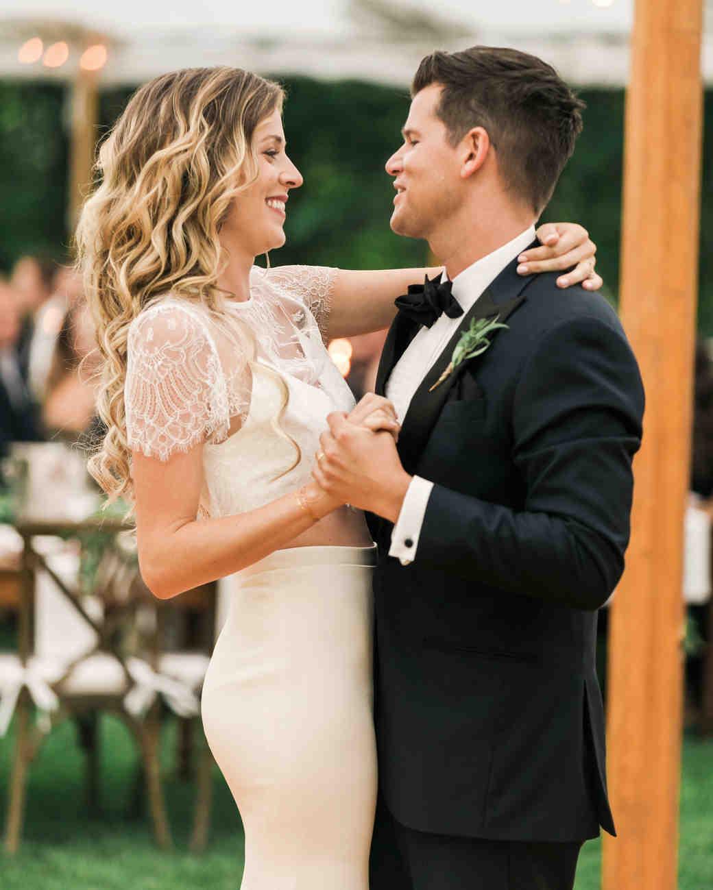 vanessa steven wedding first dance