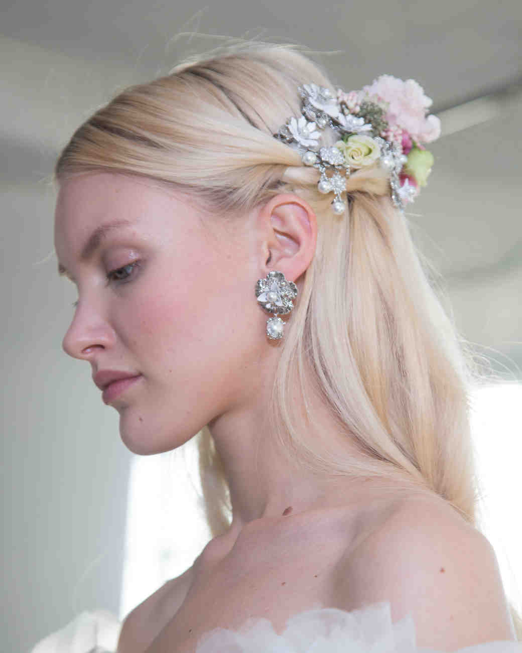 Bridal Fashion Week Hairstyles Guaranteed to Give You Major Wedding ...