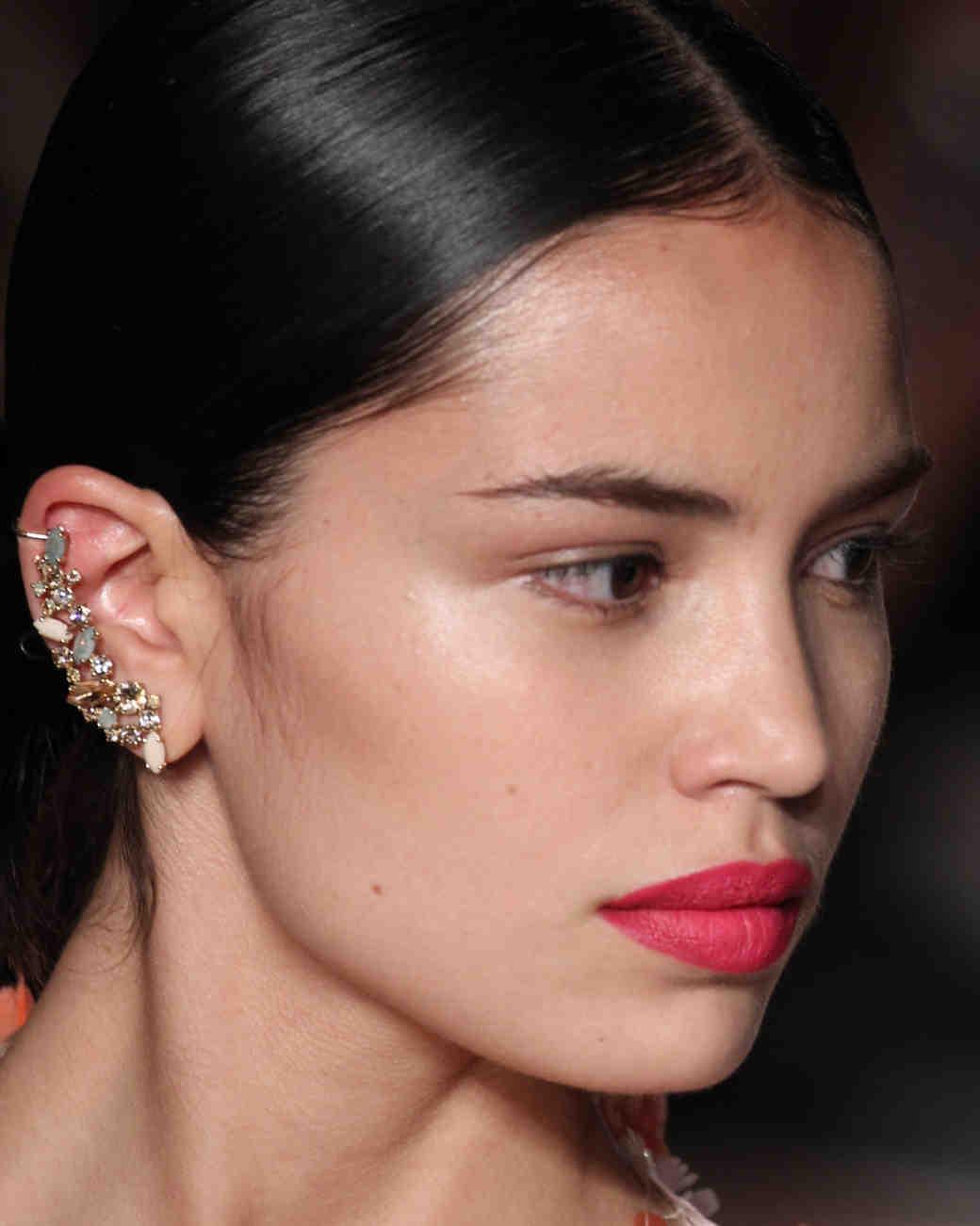 sp16-nyfw-bridal-accessories-marchesa-earrings-0915.jpg
