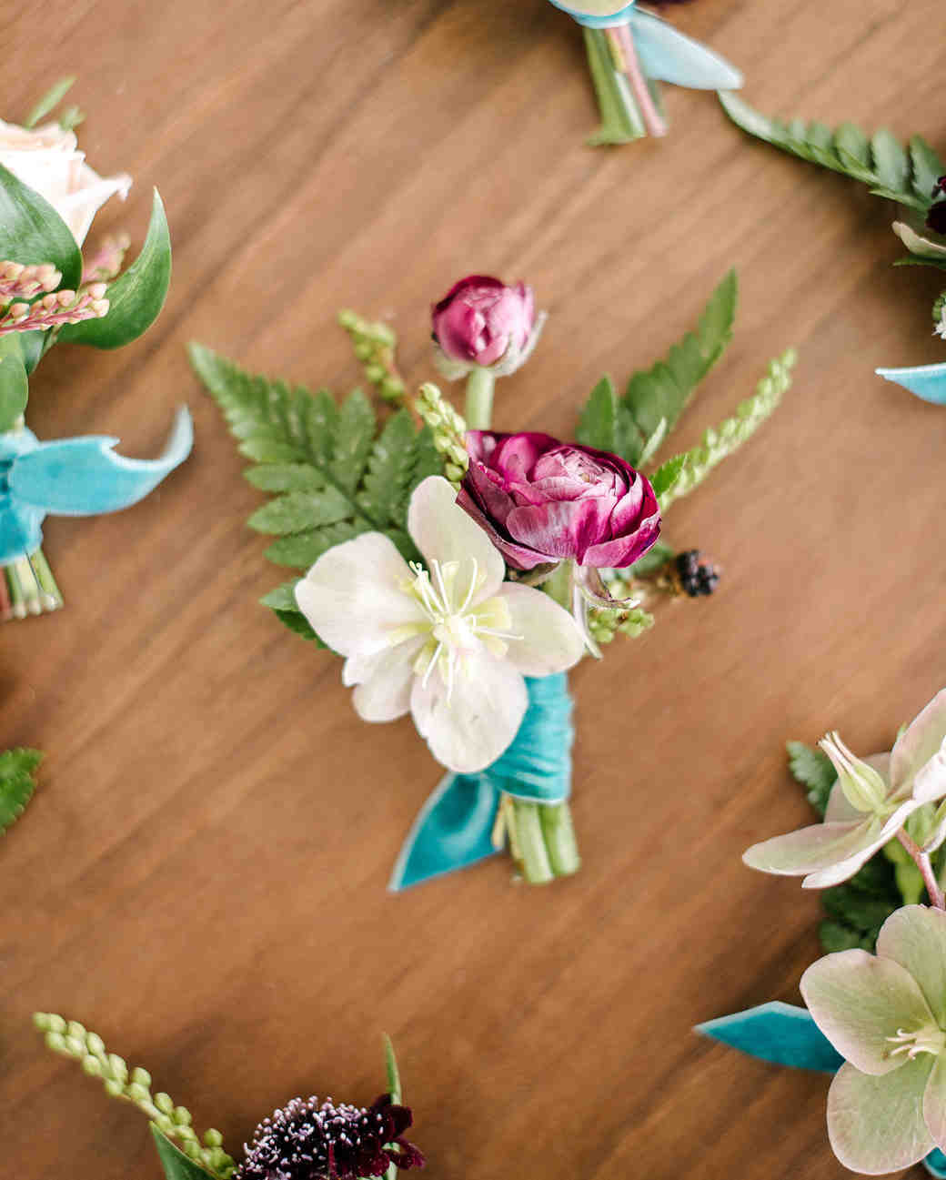 stephanie tim wedding boutonnieres
