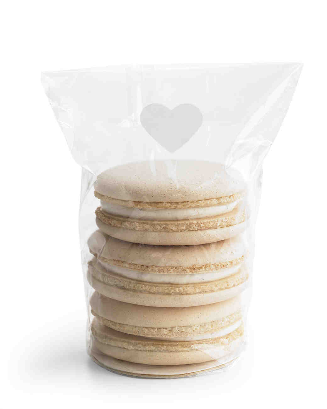 diy-bridal-shower-favors-macaron-cookie-bag-w10-0515.jpg