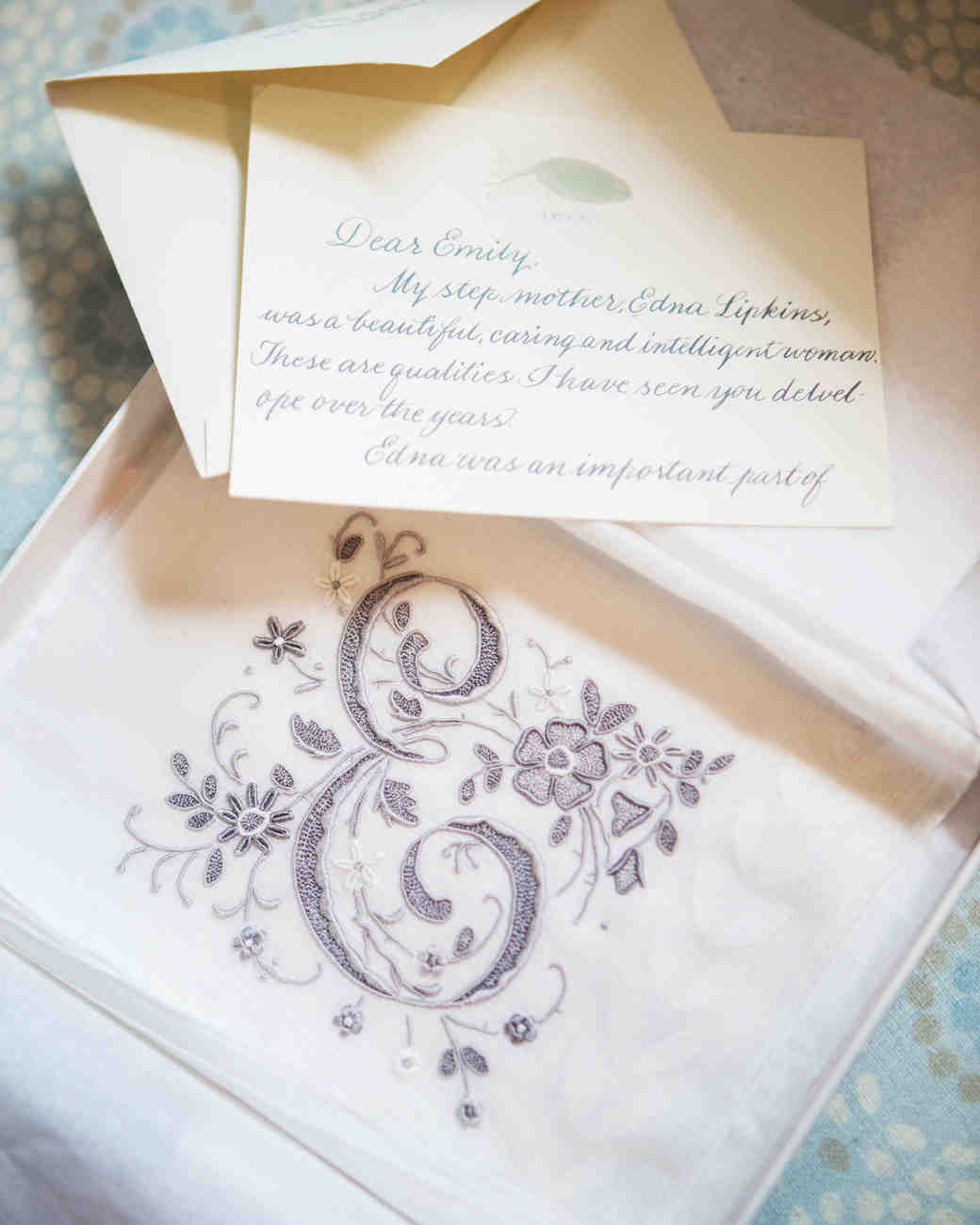 emily-matthew-wedding-handkerchief-0240-s112720-0316.jpg