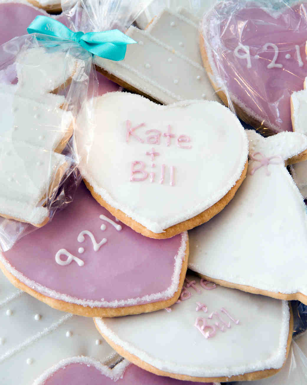 learn-the-lingo-frosting-royal-icing-susiecakes-0814.jpg