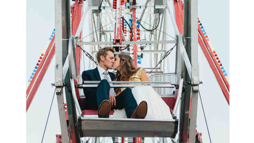 Relationship Goals: How to Get Through Wedding Planning as a Team