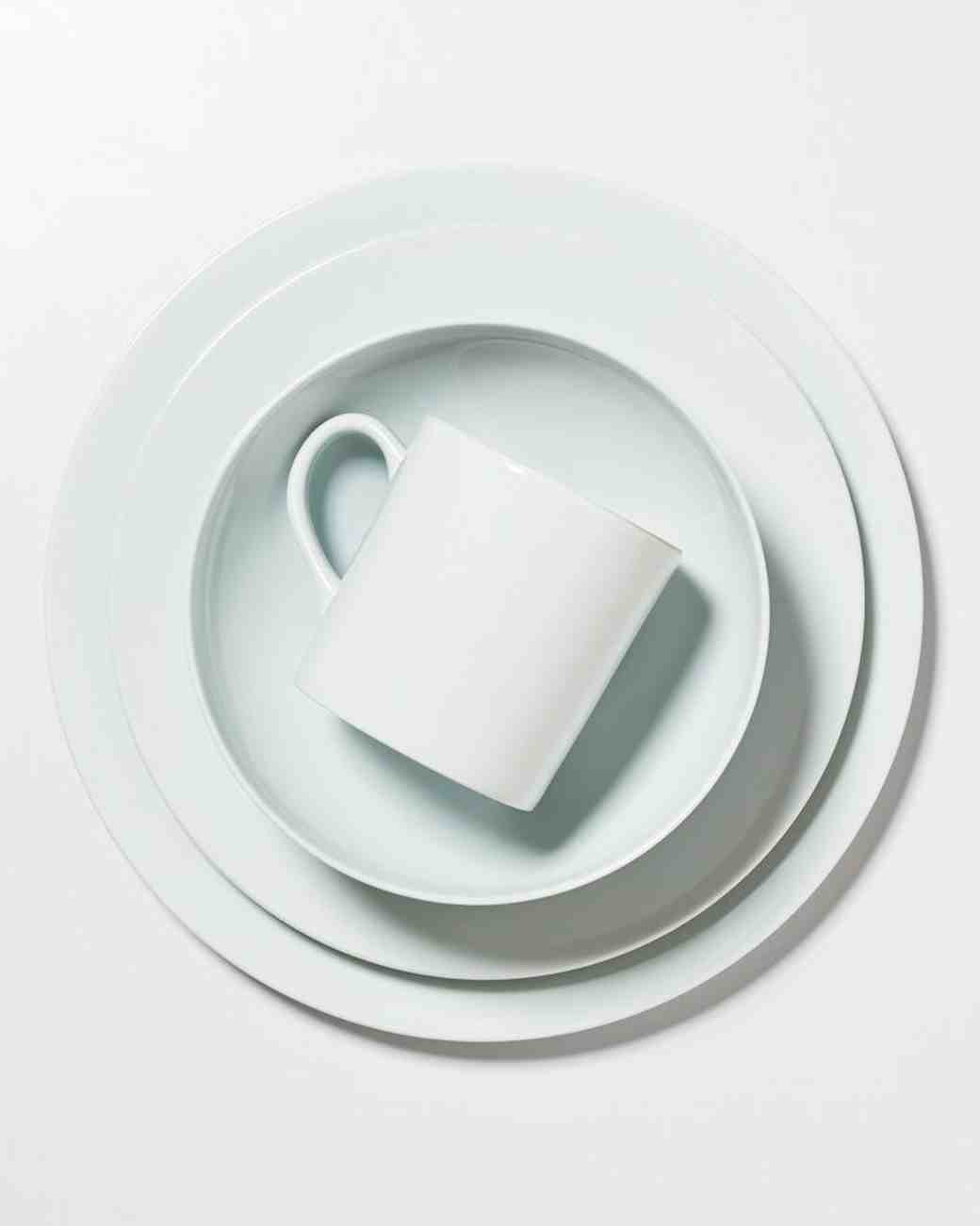 porcelain dinnerware white