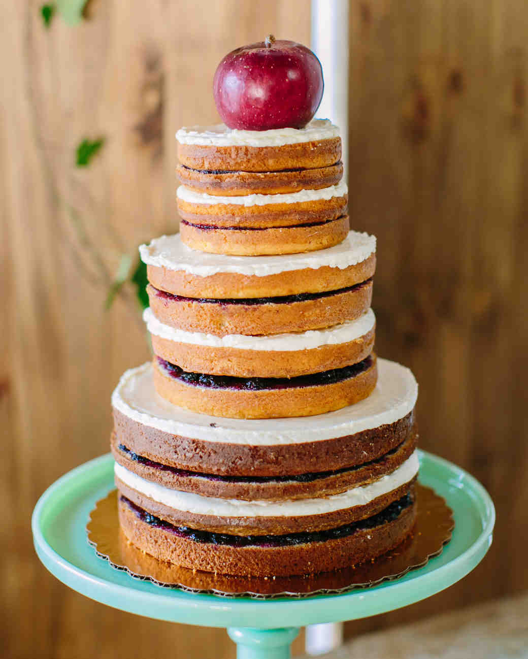apple wedding cake