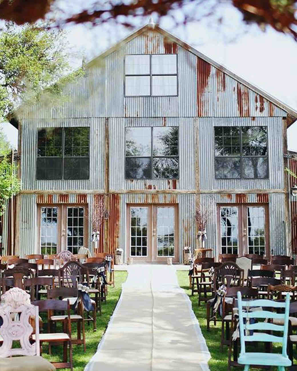 11 rustic wedding venues to book for your big day martha for Places to have receptions for weddings