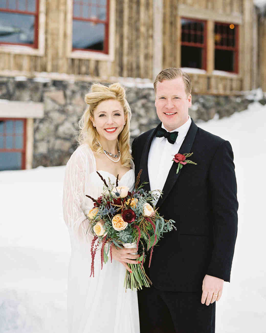 bride and groom winter wedding