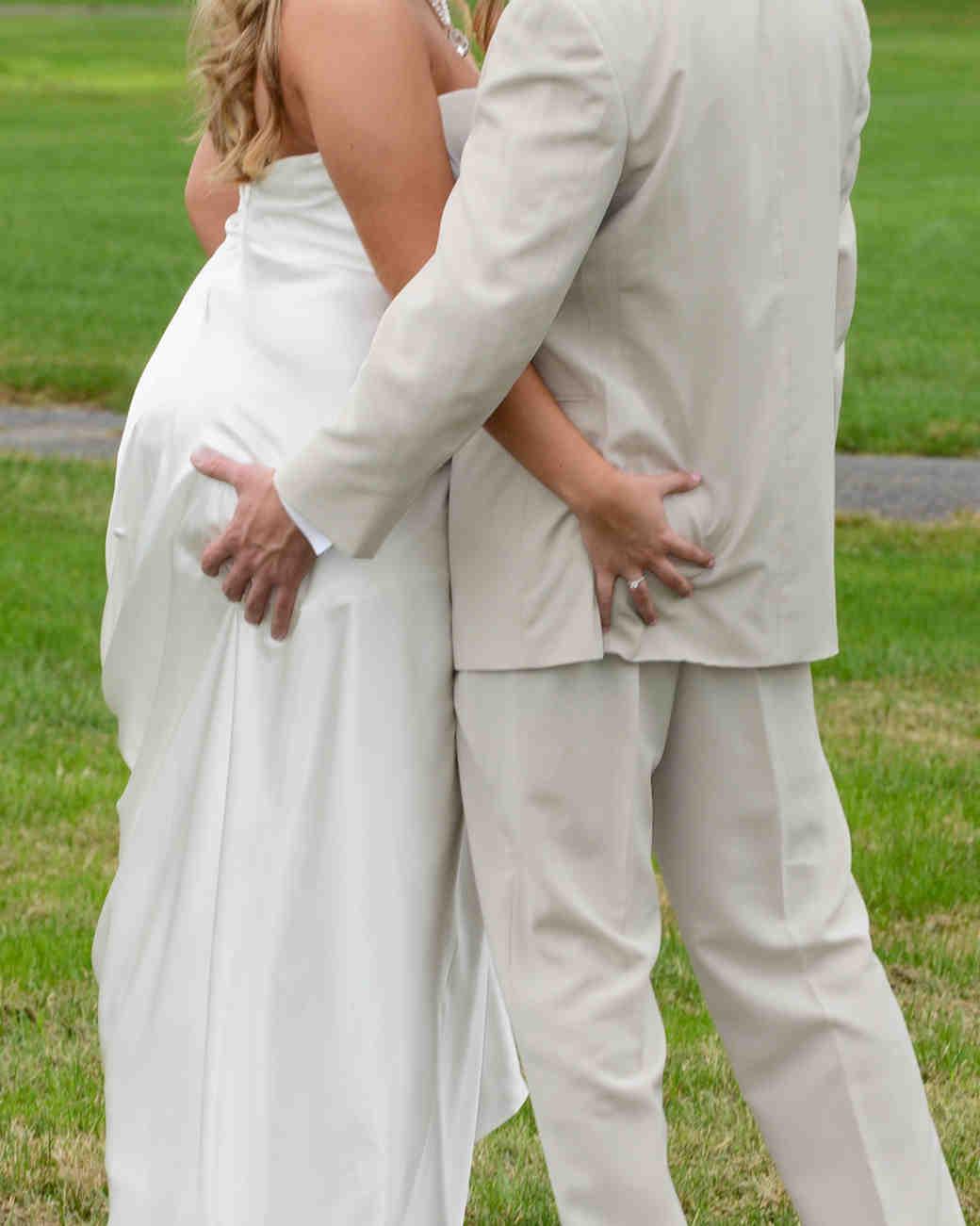 wedding-photo-poses-to-retire-something-blue-nj-1115.jpg