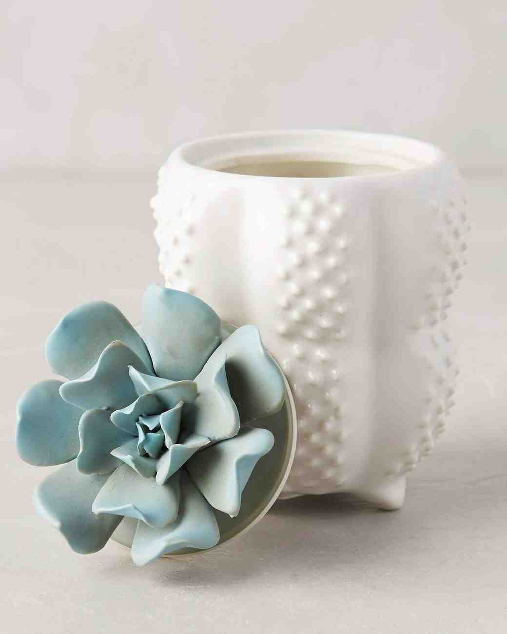 engagement-gifts-anthropologie-succulent-candles-0316.jpg