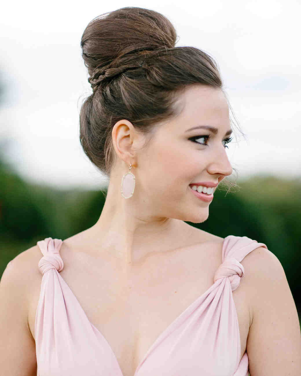 maid of honor hairstyles classic bun