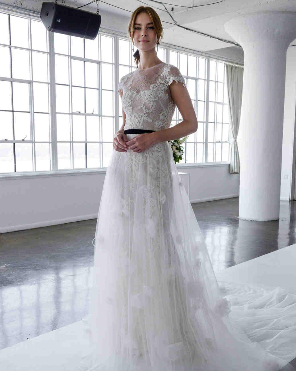 Jim hjelm 2018 long sleeve lace wedding dress