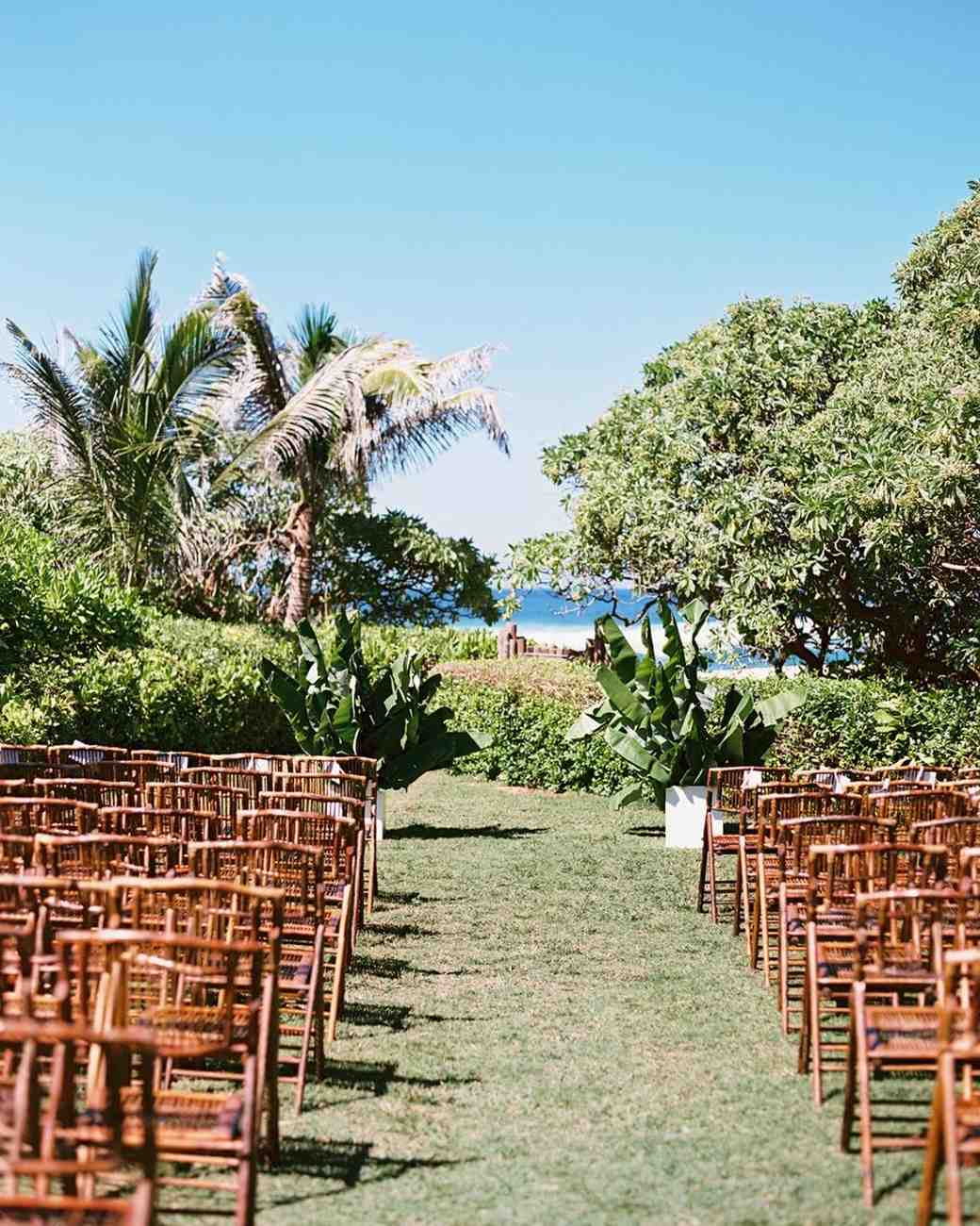 Botanical Gardens Wedding: 25 Beautiful Garden Wedding Venues