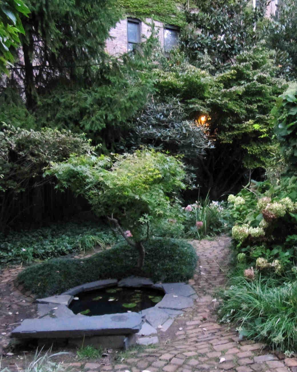 nyc-proposal-spot-alphabet-city-community-garden-1114.jpg