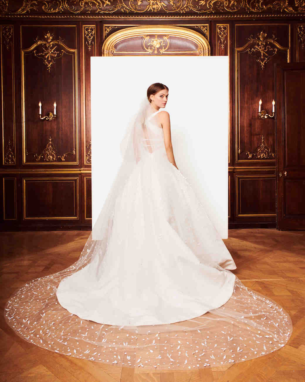 oscar de la renta fall 2018 wedding dress
