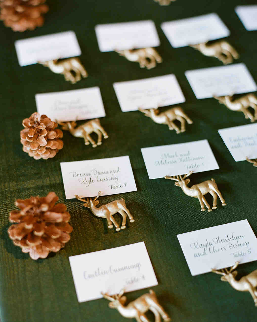 Figurine Escort Cards