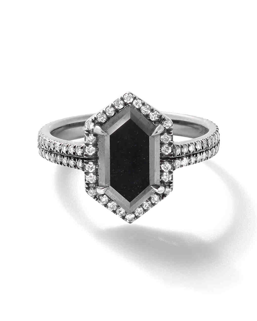 colored-engagement-rings-eva-fehren-black-diamond-0316.jpg