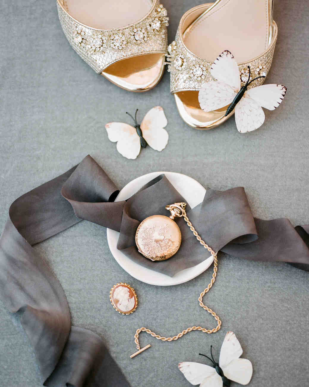 kiersten ruairi wedding accessories