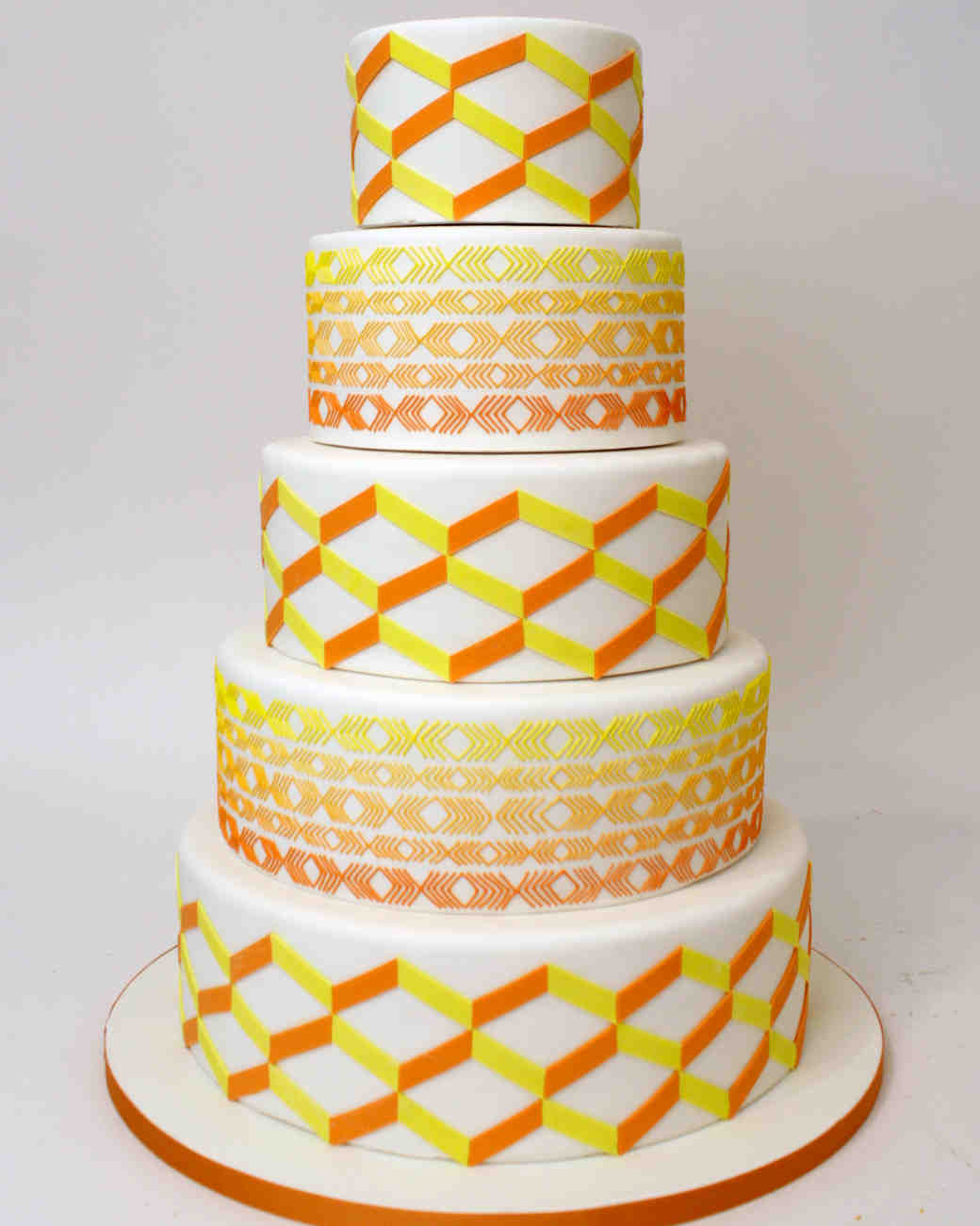 A Sweet Guide to Choosing a Frosting for Your Wedding Cake | Martha ...