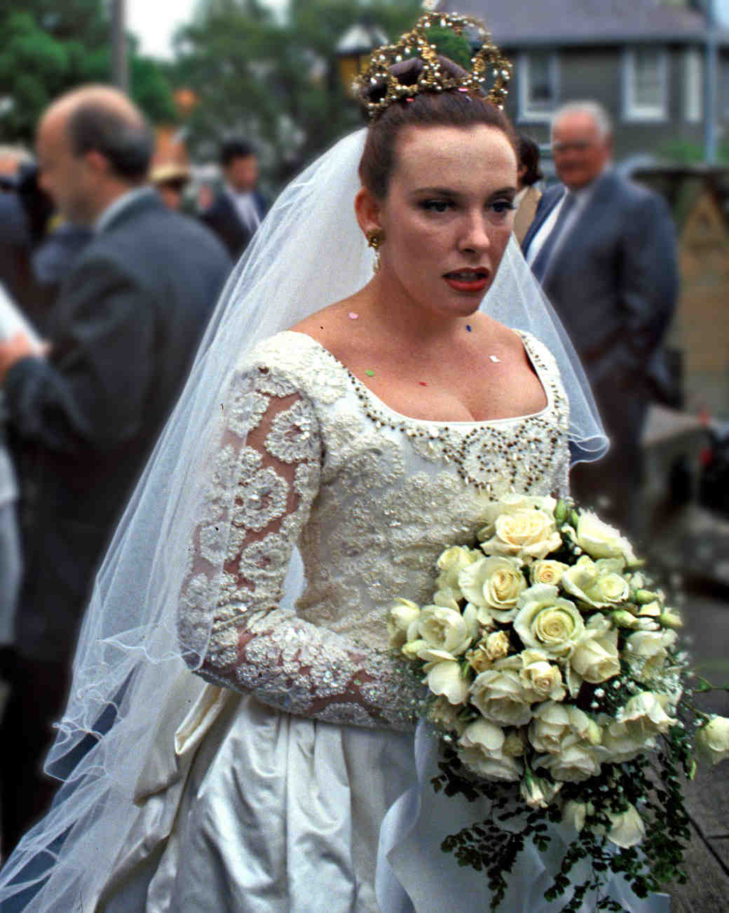 Muriel's wedding toni collette wedding dress
