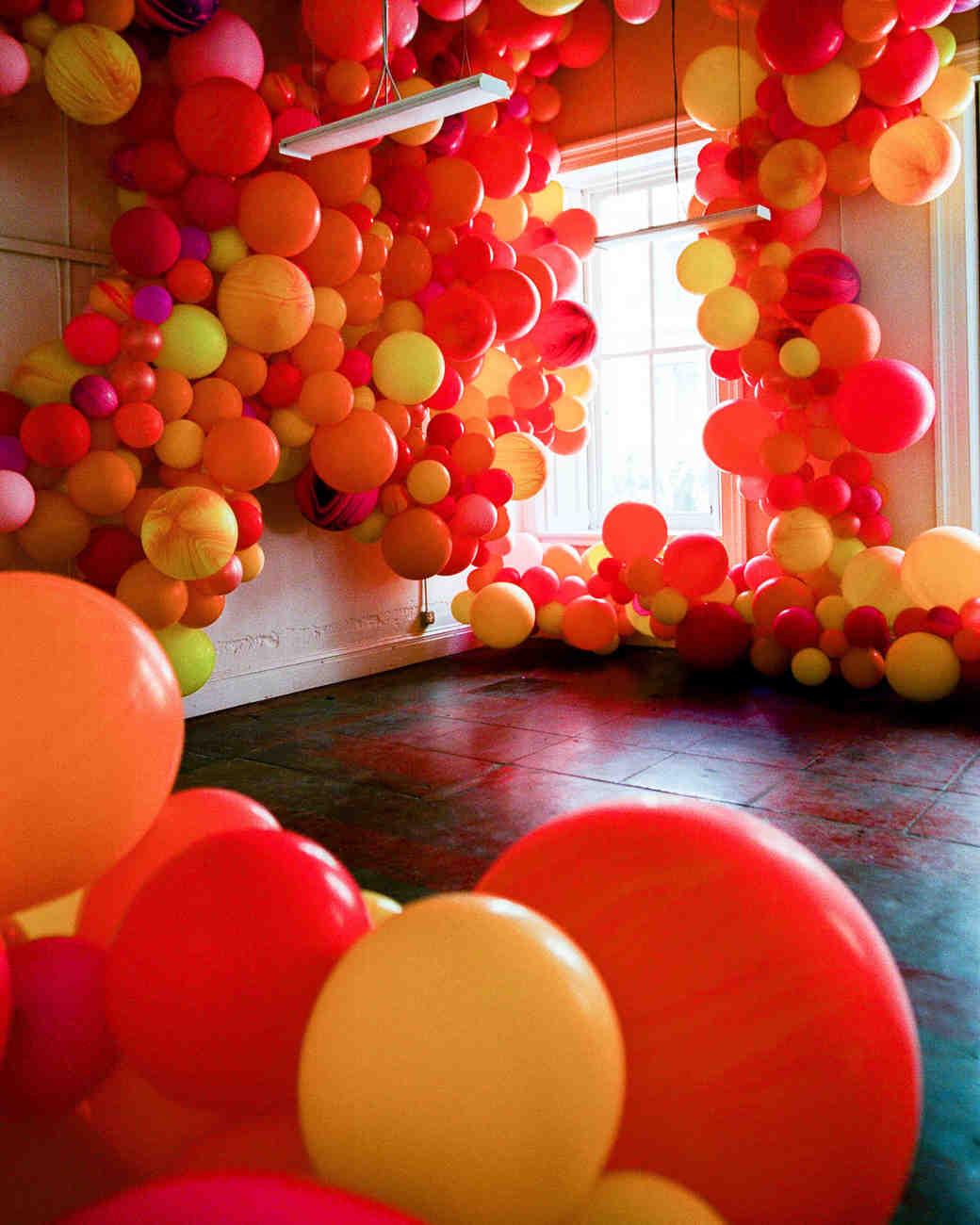 natalie louis wedding lounge balloons
