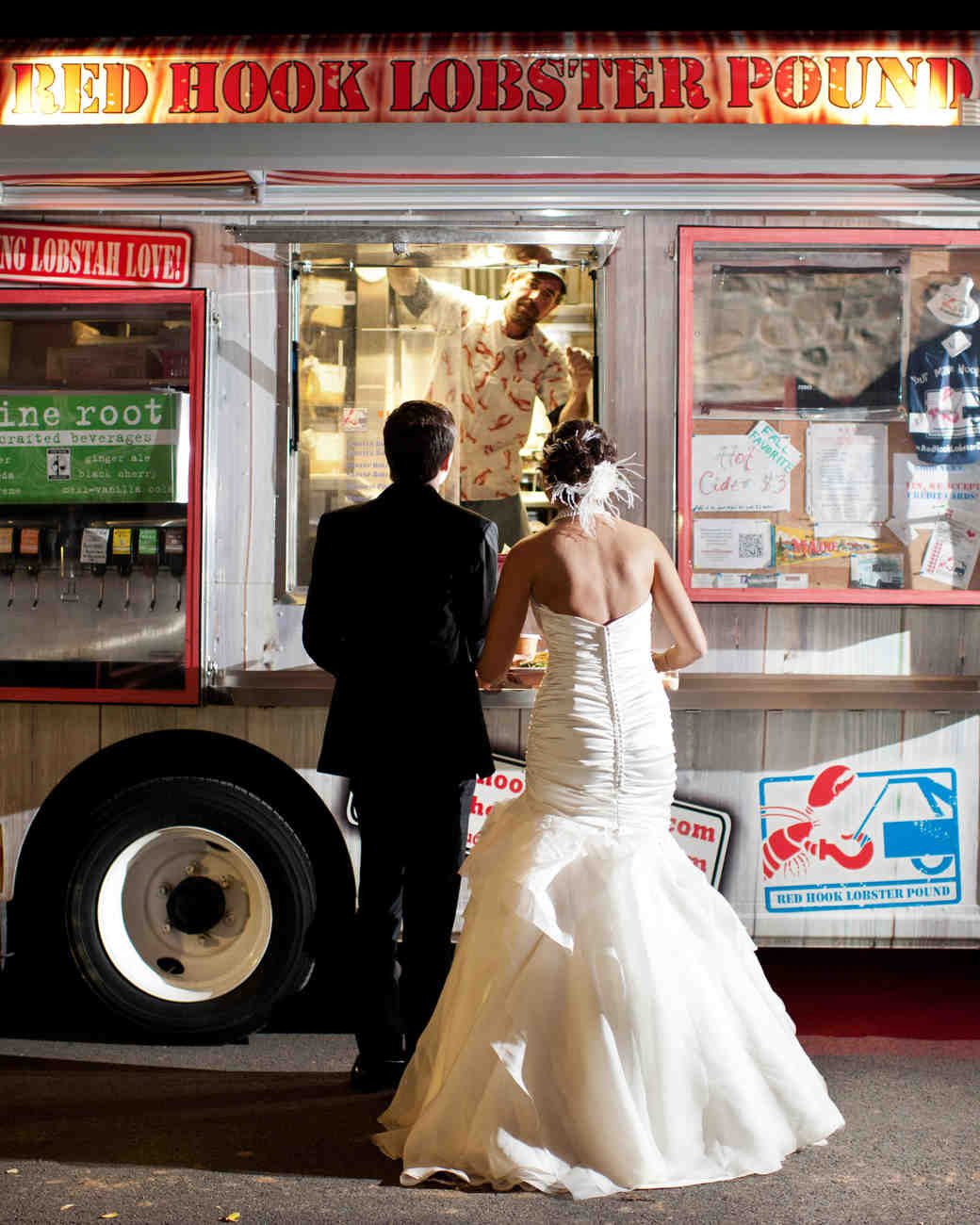 red hook lobster pound food truck bride groom