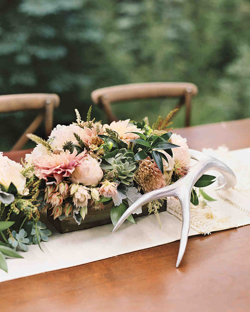 succulent and antler centerpieces
