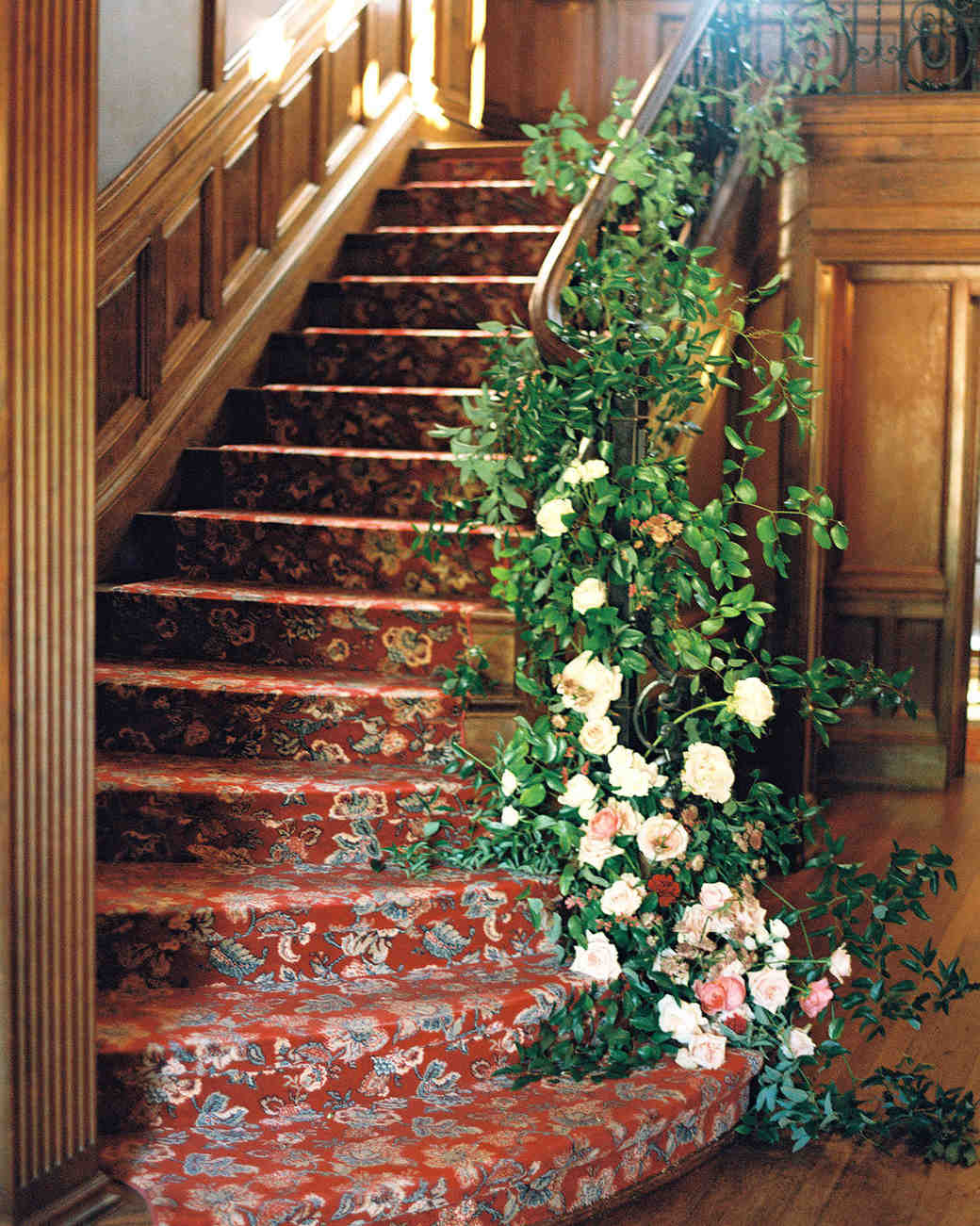 yolanda cedric wedding stairs