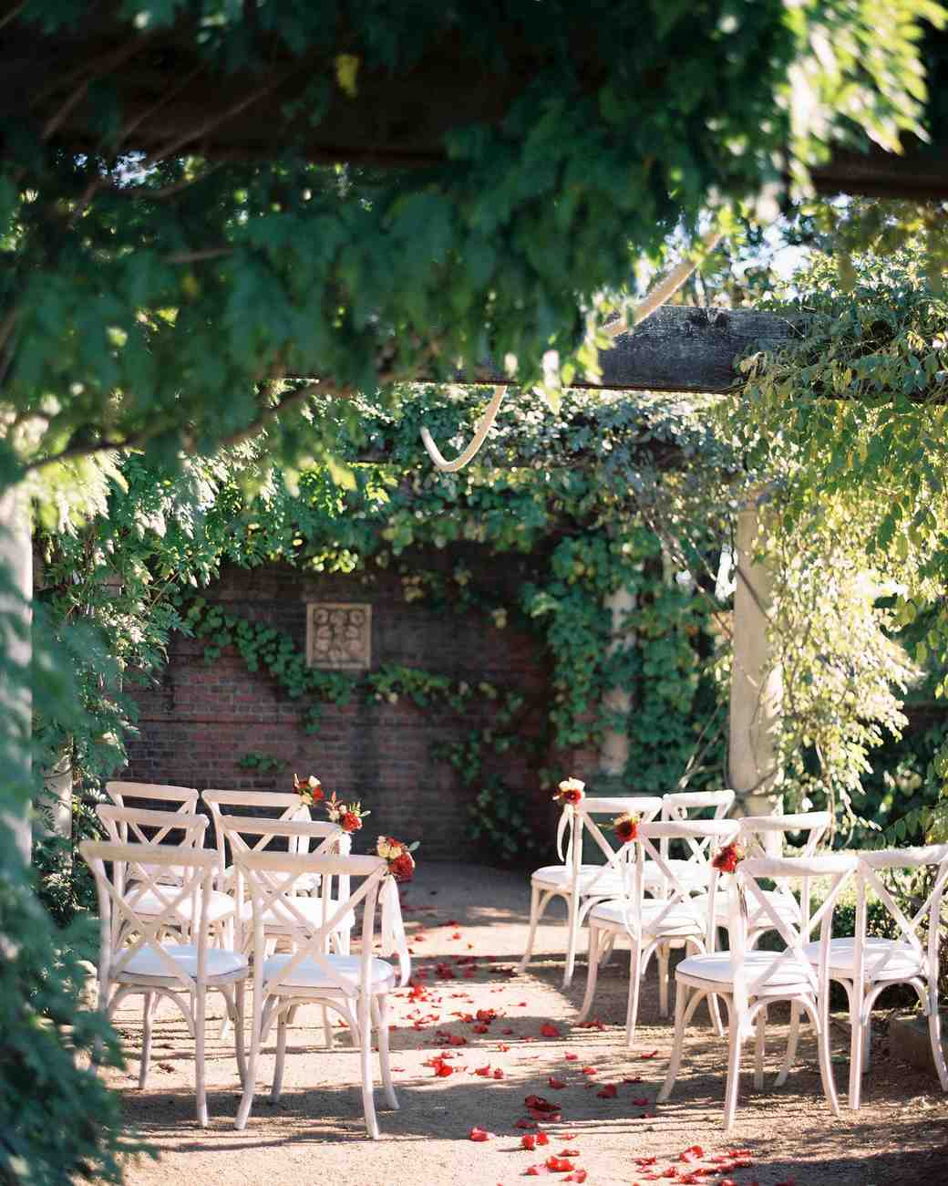 15 Venues Chicago: 25 Beautiful Garden Wedding Venues