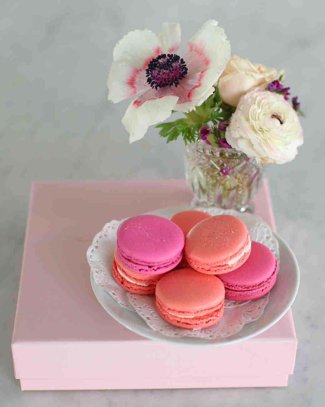 geri-hirsch-bridal-shower-tea-party-macarons-close-0315.jpg