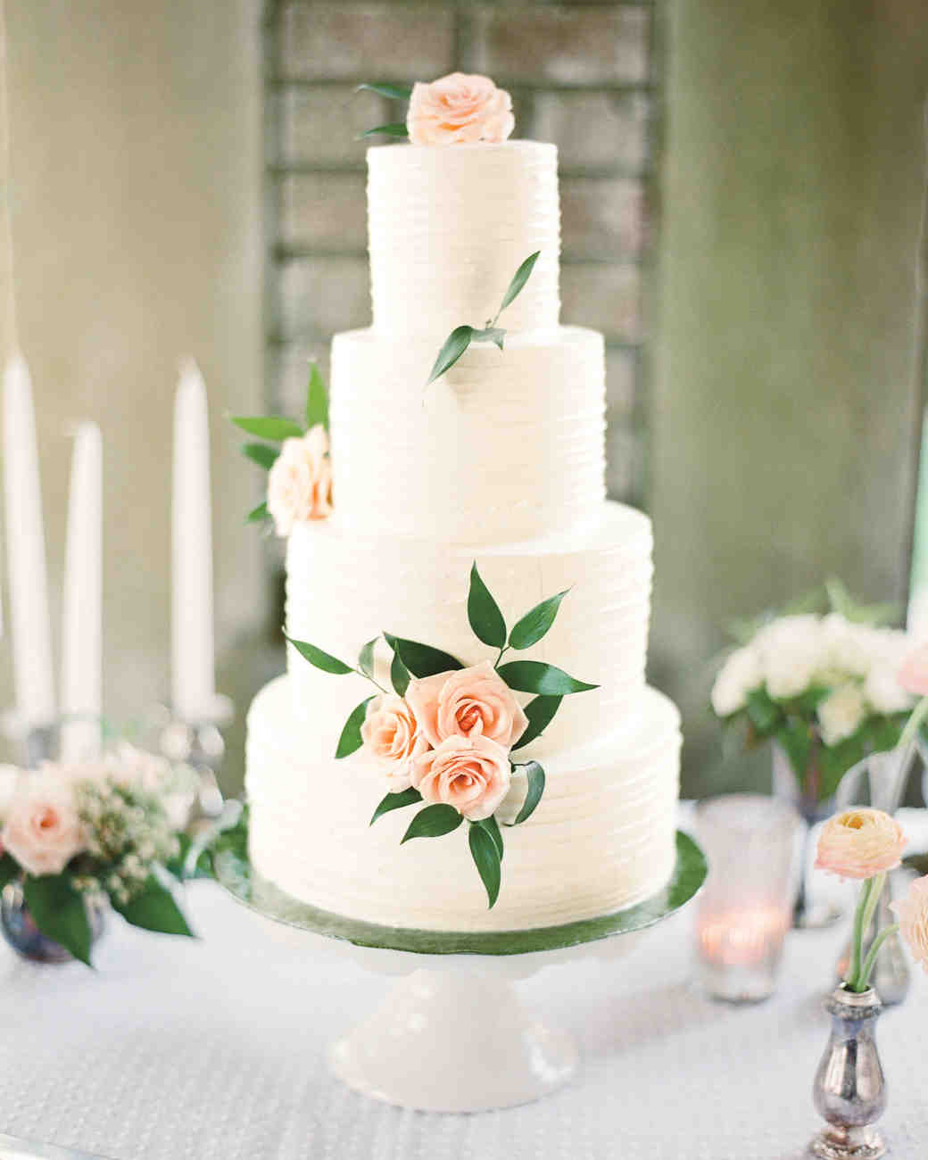 wedding cake roses to make 44 wedding cakes with fresh flowers martha stewart weddings 23715