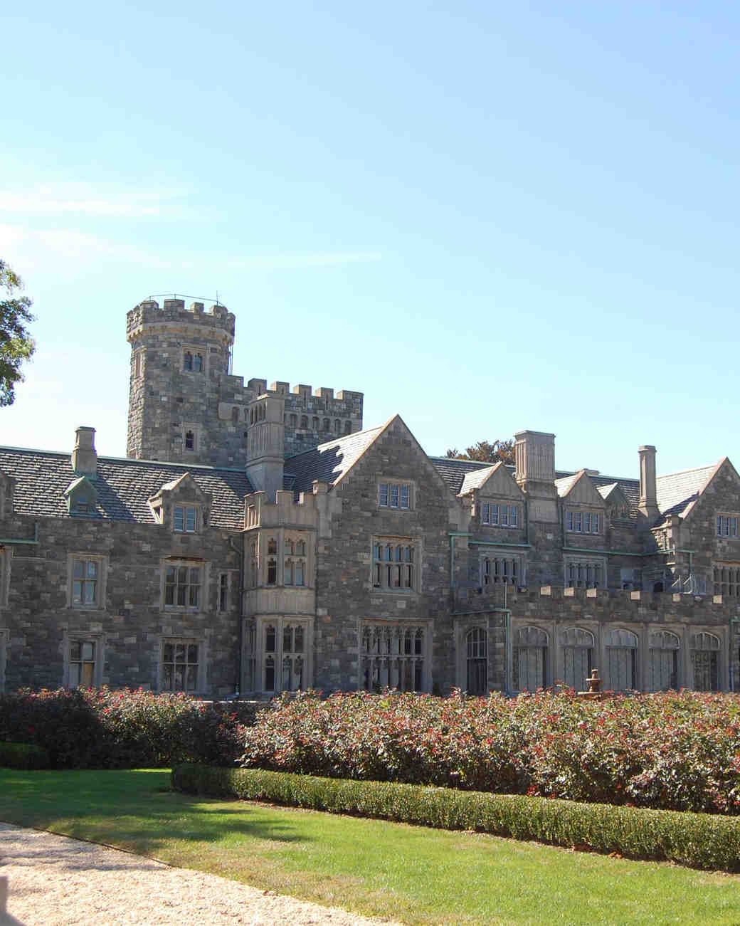 18 Fairy Tale Castle Wedding Venues In America Martha Weddings