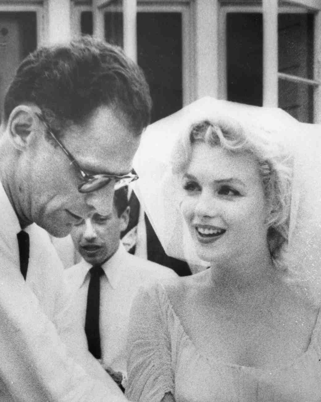 celebrity-brides-veils-marilyn-monroe-arthur-miller-0615.jpg