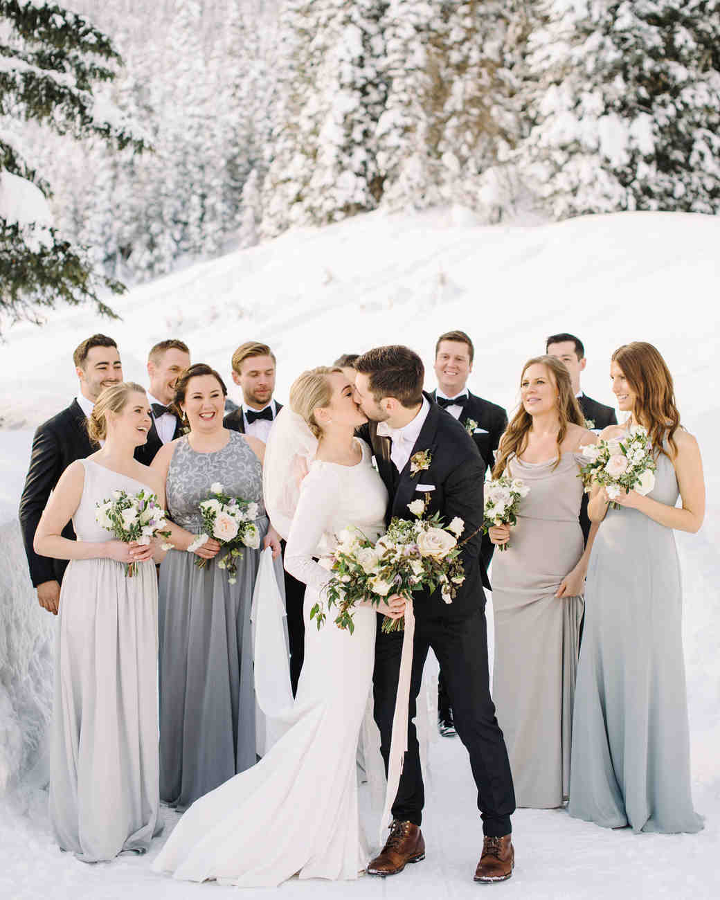 4845b2896d8 How to Choose a Wedding Party You ll Love