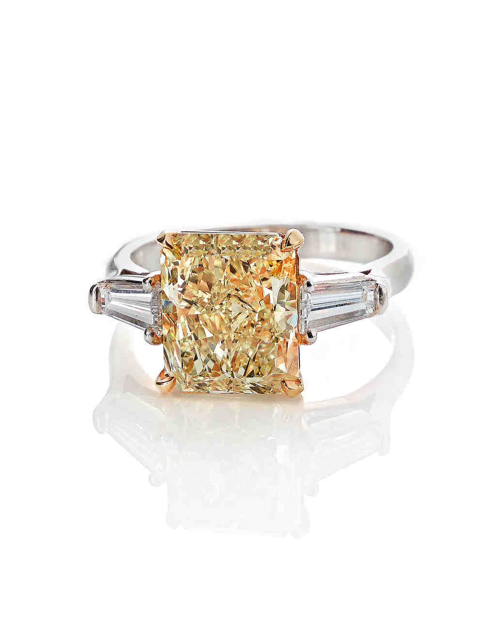 colored-engagement-rings-forevermark-yellow-diamond-0316.jpg