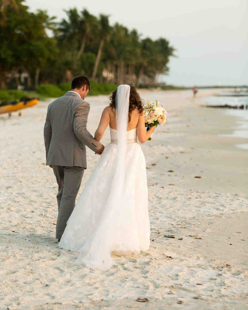 erin-ryan-florida-wedding-couple-beach-1035-s113010-0516.jpg