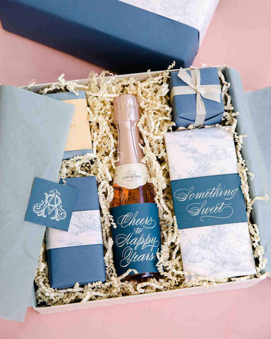 41821af860d3 washington dc wedding welcome boxes champagne chocolate