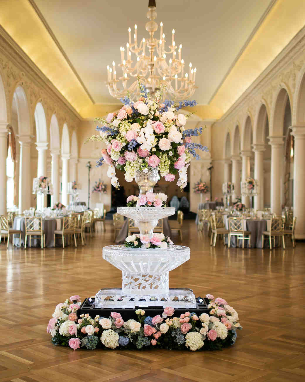 wedding ice sculpture frozen vase