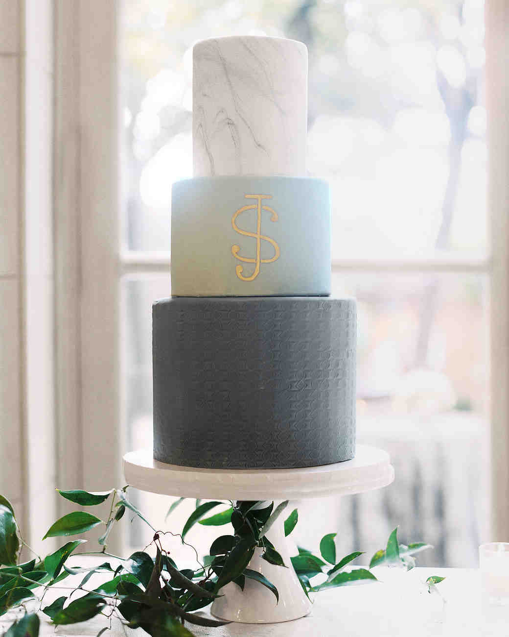 jermaine scott wedding dc bourbon monogram cake