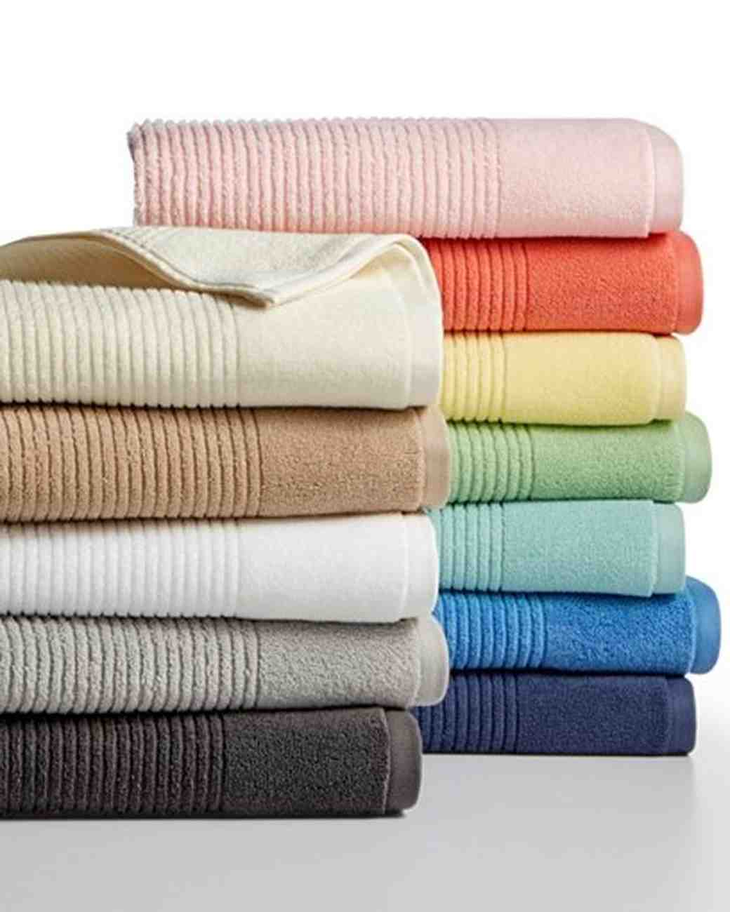 assorted bath towels