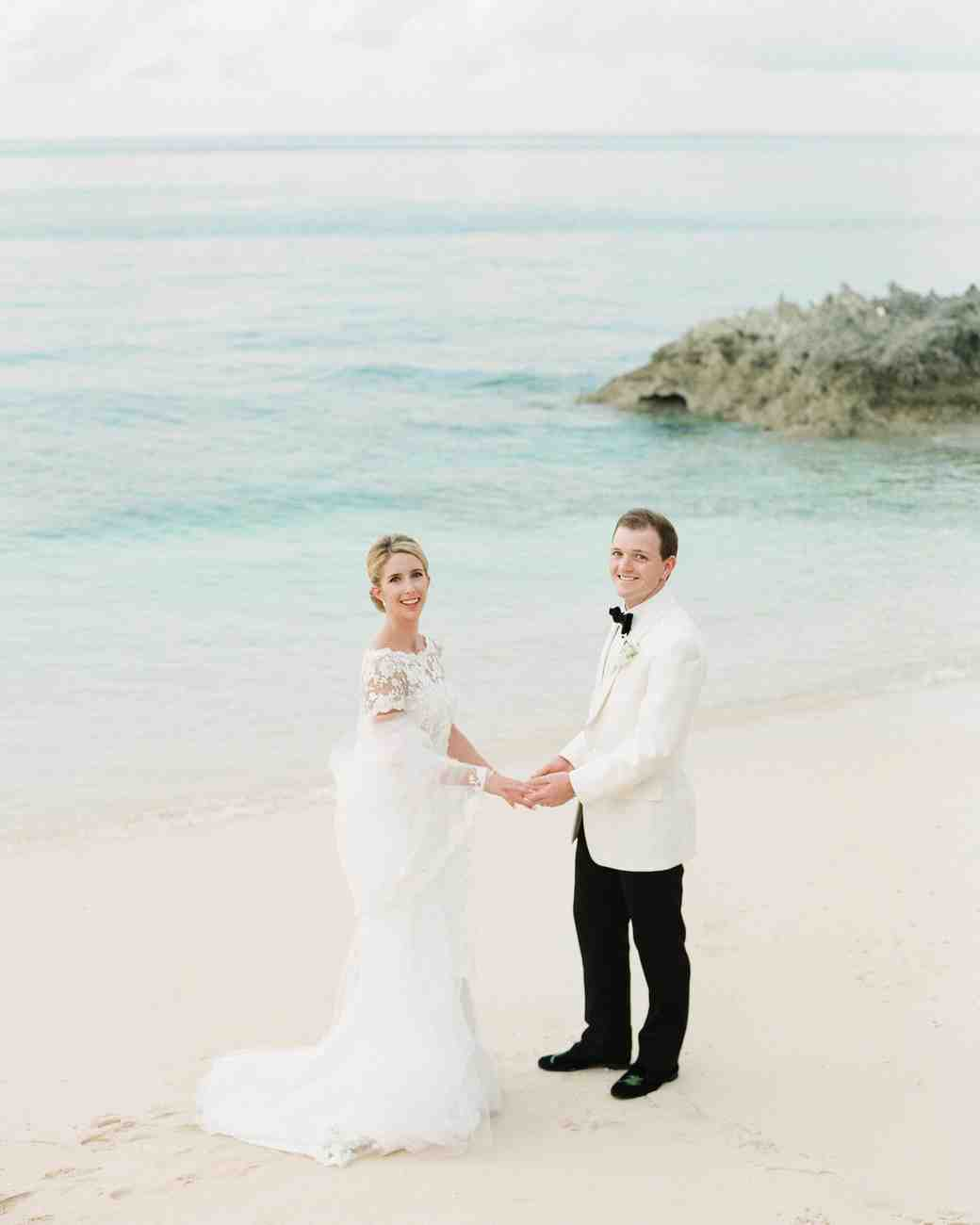 A Fresh, Blue-and-White Themed Wedding in the Caribbean | Martha ...
