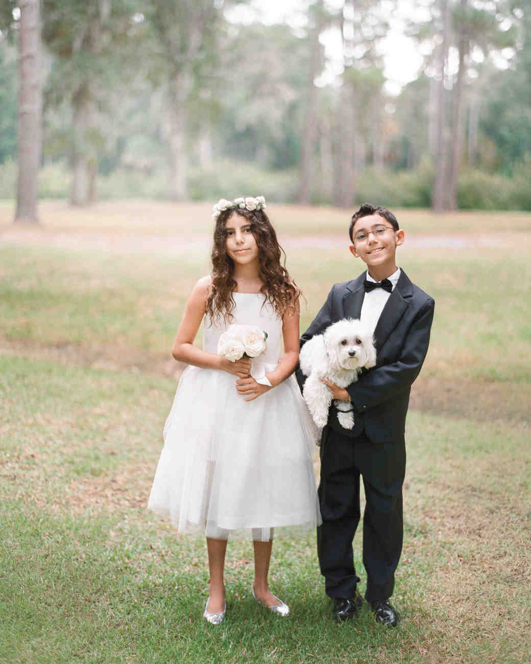 flower-girl-boy-dog-field-2013-lindsey-josh-0843-mwds110860.jpg